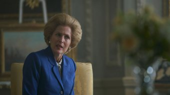 "Gillian Anderson als Margaret Thatcher in ""The Crown"" // © Netflix/Des Willies"